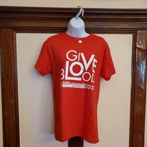 Gildan, red T-Shirts ,short sleeves, size S
